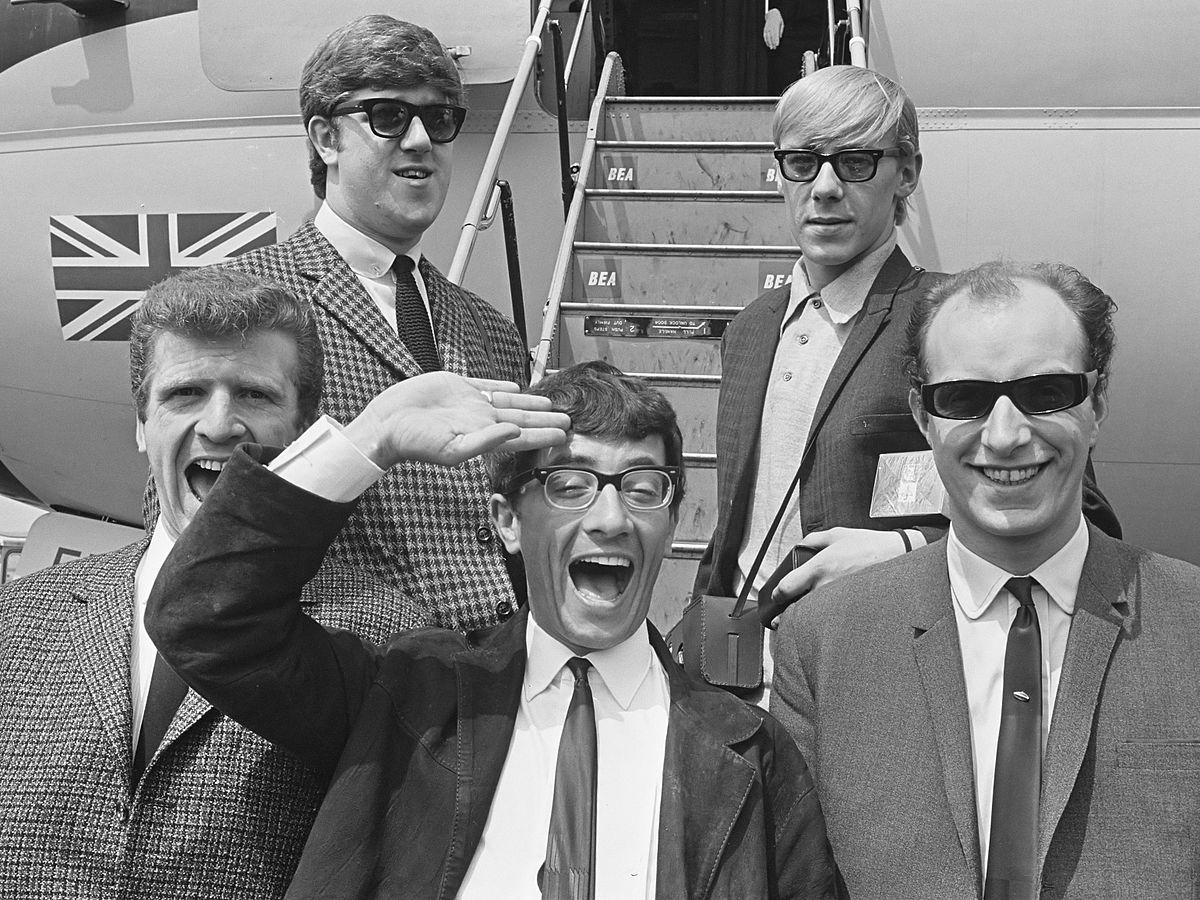 1200px-freddie_en_the_dreamers_1964