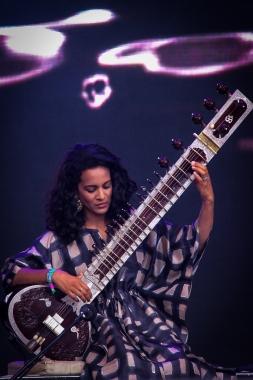 Anoushka Shankar:GlastonburyFestival?JohnKerridge3