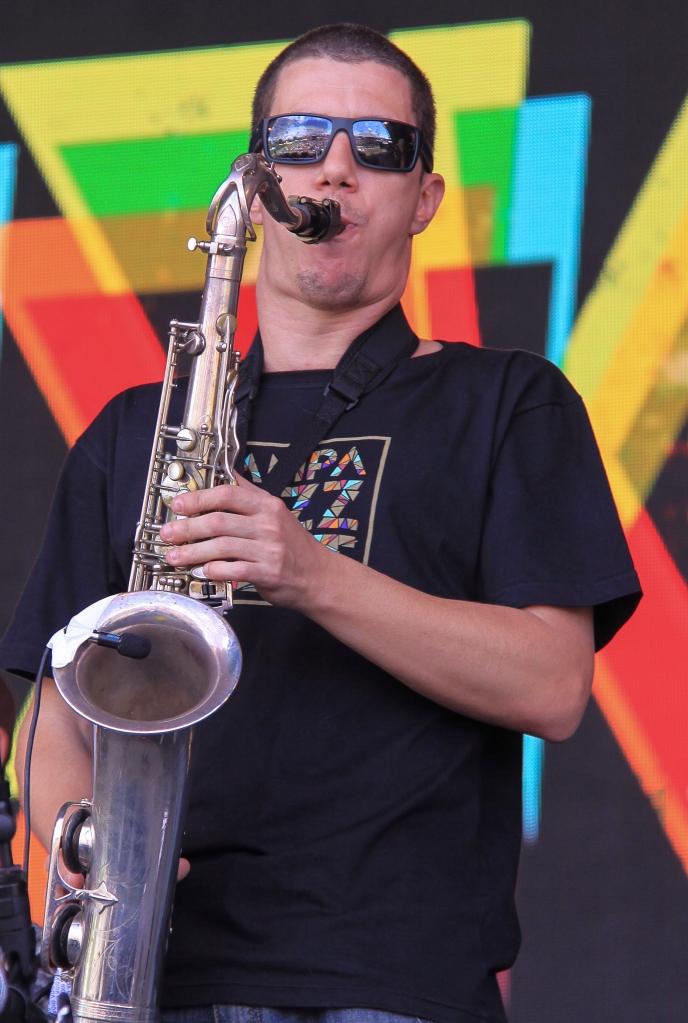 Bixiga70:GlastonburyFestival:JohnKerridge3